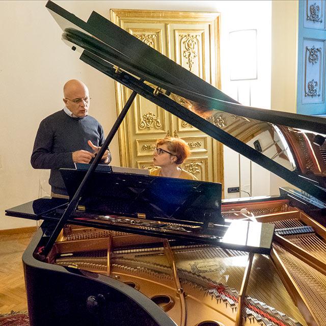 Scuola di Specializzazione post laurea in Beni Musicali Strumentali pianoforte contemporaneo Emanuele Arciuli
