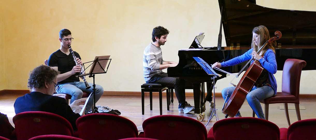 professione orchestra musica da camera con Lucchesini
