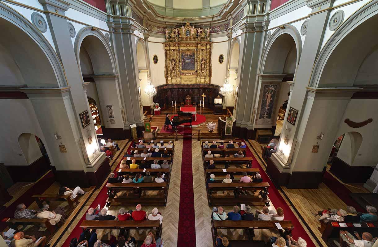 Musica d'Estate concerto Chiesa di S. Ippolito di Bardonecchia ph Vergnano