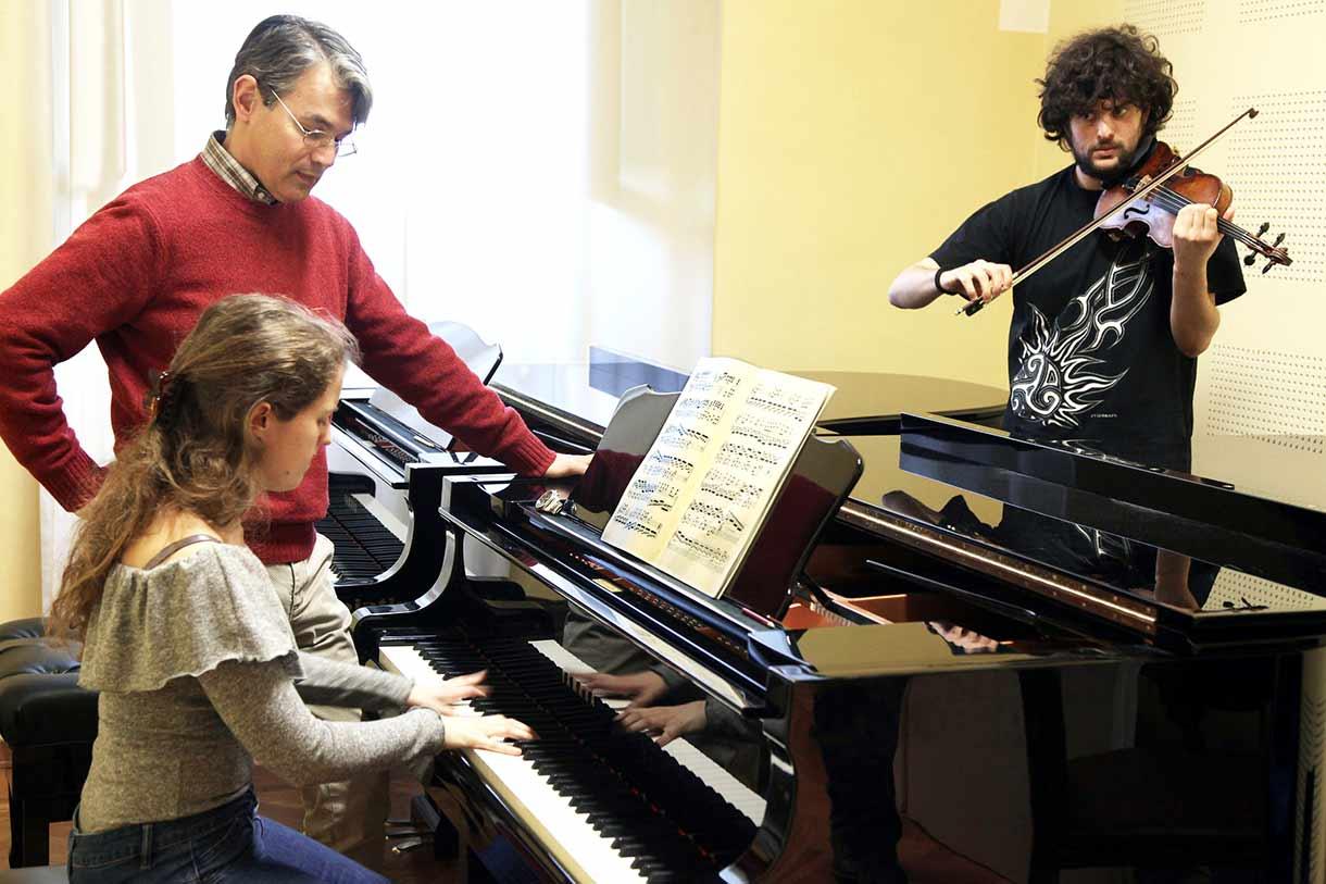 corsi perfezionamento pianoforte archi viola violino violoncello
